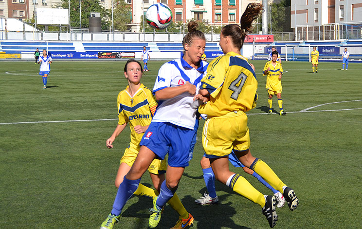 Click to enlarge image 150831-femeni-01.jpg
