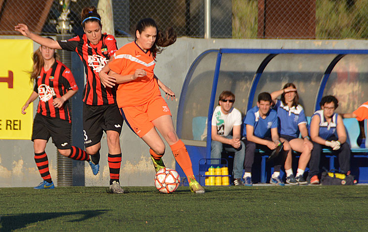 Click to enlarge image 160606-femeni-01.jpg