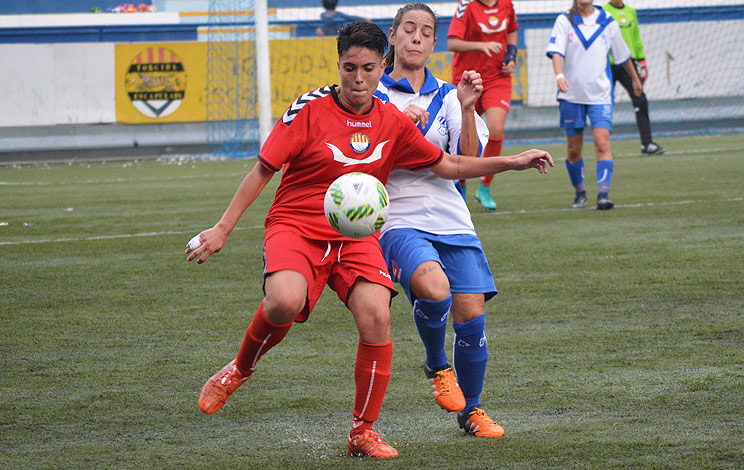 Click to enlarge image 161030-femeni-01.jpg