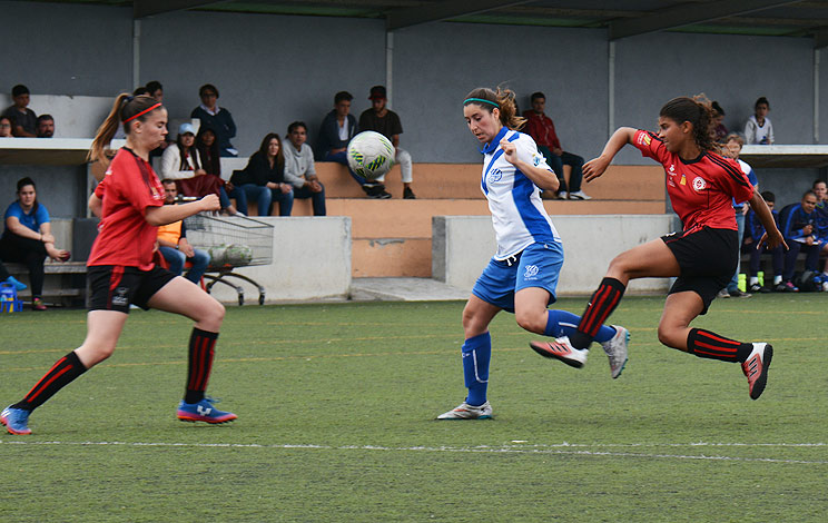 Click to enlarge image 170430-femeni-01.jpg