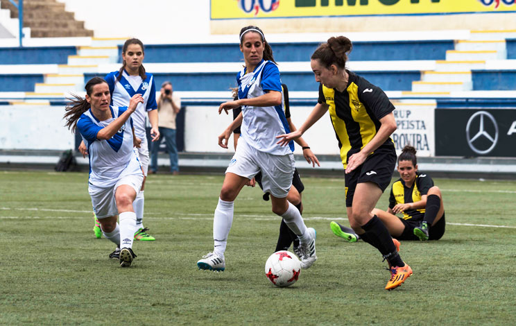 Click to enlarge image 170903-femeni-01.jpg