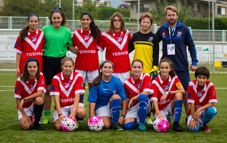 Click to enlarge image 170911-femeni7-1.jpg
