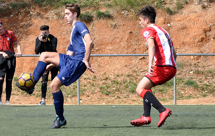 Click to enlarge image 180415-juvenil-01.jpg