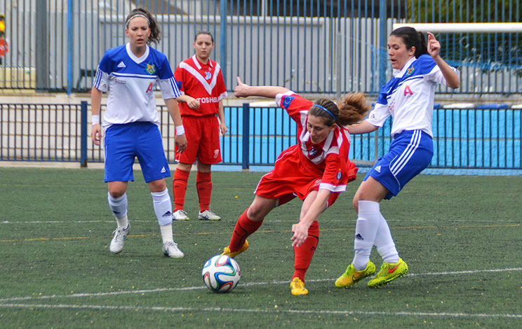 Click to enlarge image 150427-femeni-01.jpg